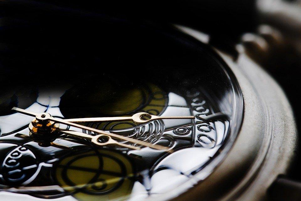 detail hodinek