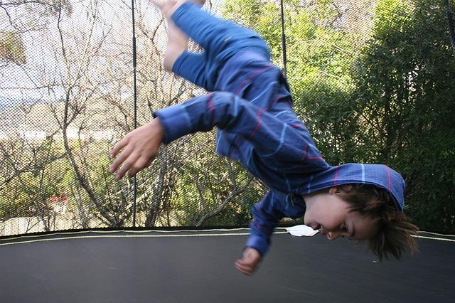 skákání chlapce.jpg
